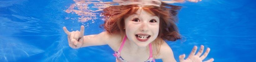 Cours de natation - Activité parascolaire pour différents niveaux